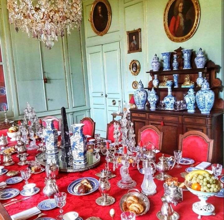 Chateau de Chantore Dining