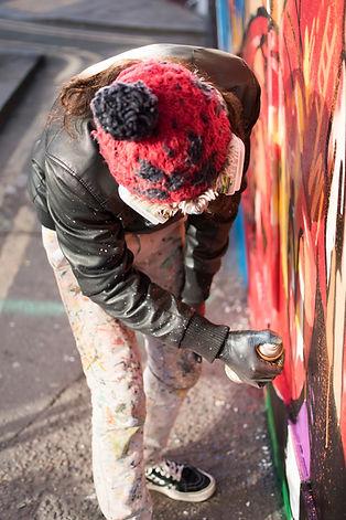 decolife, paining graffiti, london, streetart art