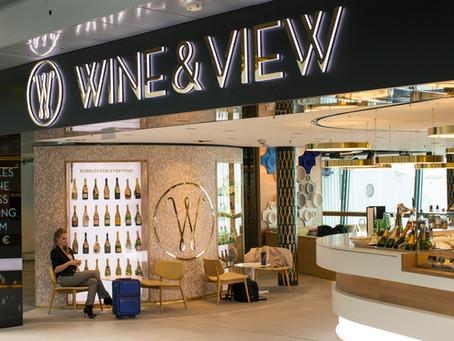 Wine&View herättää huomiota julkisivussa