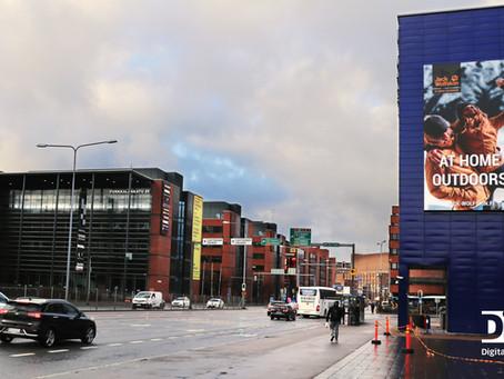 48m2 kokoinen jättinäyttö Helsingin Ruoholahteen