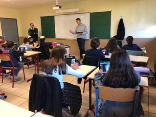 En ce moment se déroulent les ateliers du numérique au Collège en présence des enseignants et d'inte