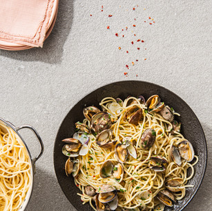Spaghetti with Clams, Chili, and Olive Oil
