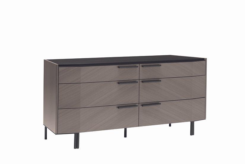 Olimpia Dresser