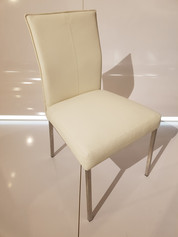 Max Chair White - ID06367A