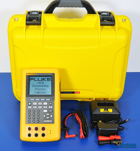 Fluke 741B Documenting Process Calibrator - NIST Calibrated with Warrant
