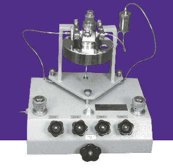 Tinsley Vacuum Deadweight testers