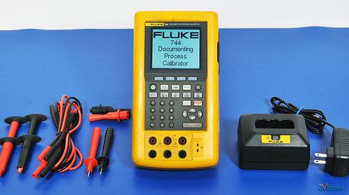 Fluke 744 Documenting Process Calibrator HART - NIST Calibrated
