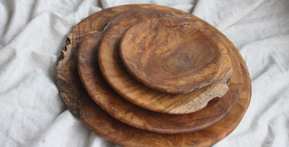 BROMO RUSTIC Teak Wooden Plate Set