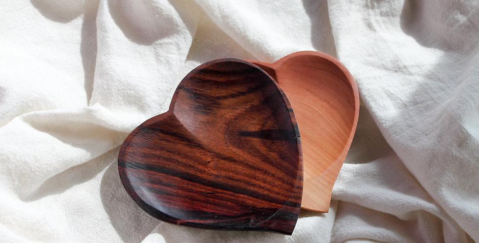 HATI Wooden Plate