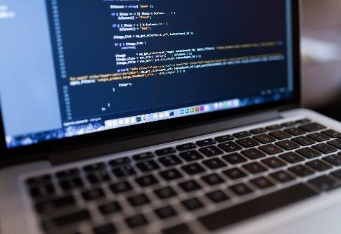 Je zoekmachine ziet een website enkel als een reeks code