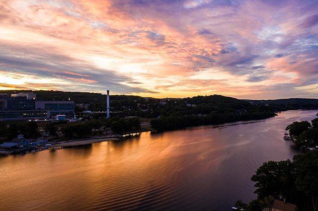 Lake Quinsigamond at sunset.jpg