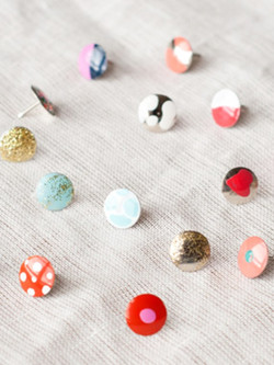 beauty-trends-blogs-daily-beauty-reporter-2013-10-14-InstaCraft-Thumbtacks