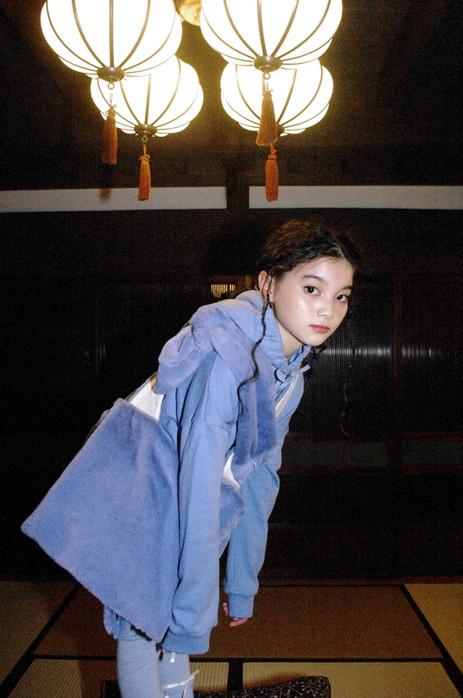 reflect logo hoodie, fur shoulder bag, fur bumbag, ribbon knit leggings