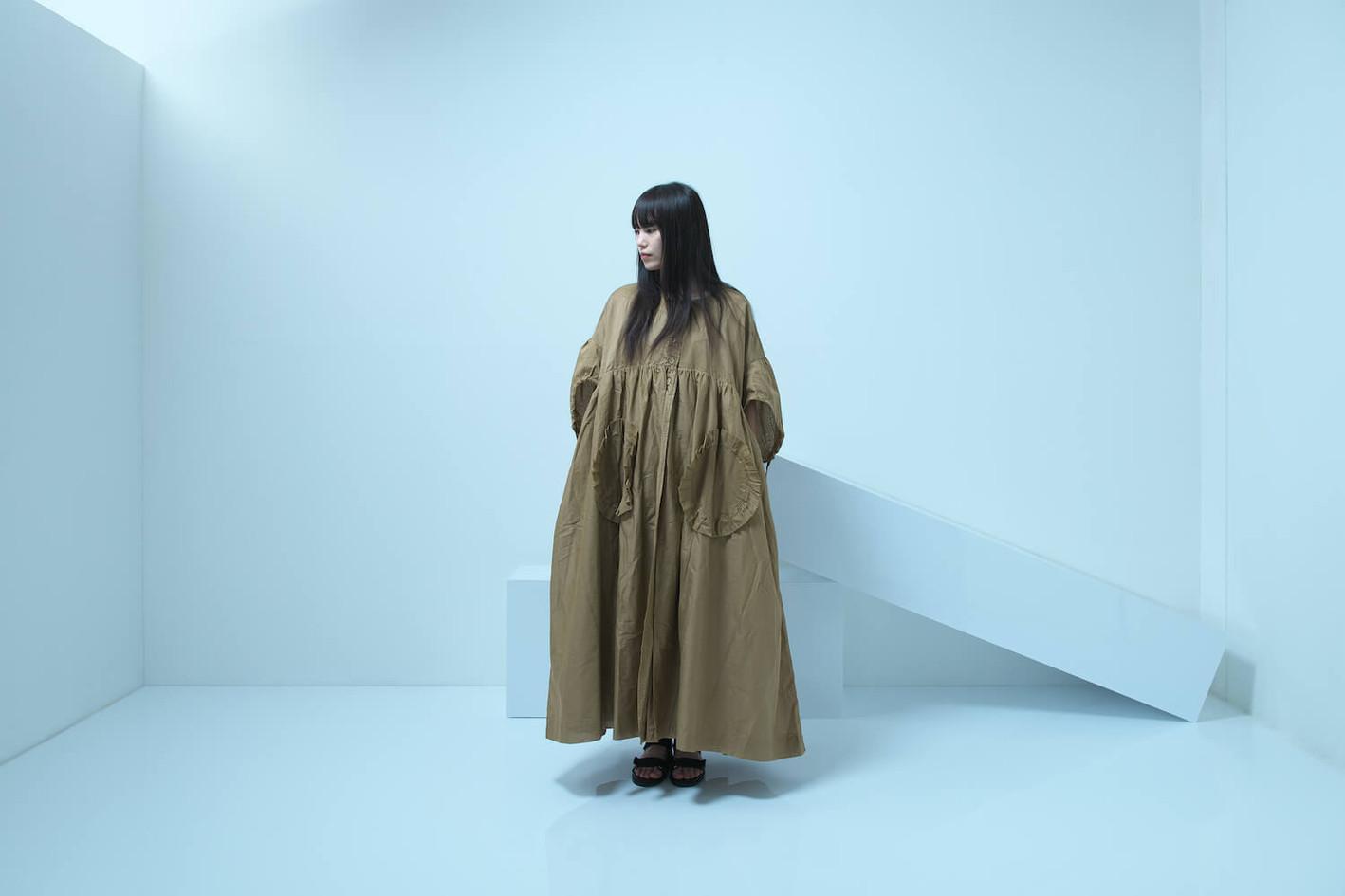 short sleeved long coat