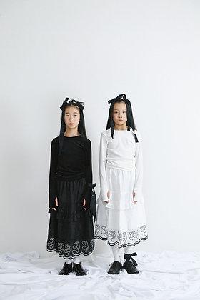 teddybear lace long skirt