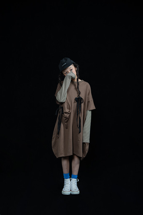 baseball cap, ◯△ tee dress, bordered long sleeved tee