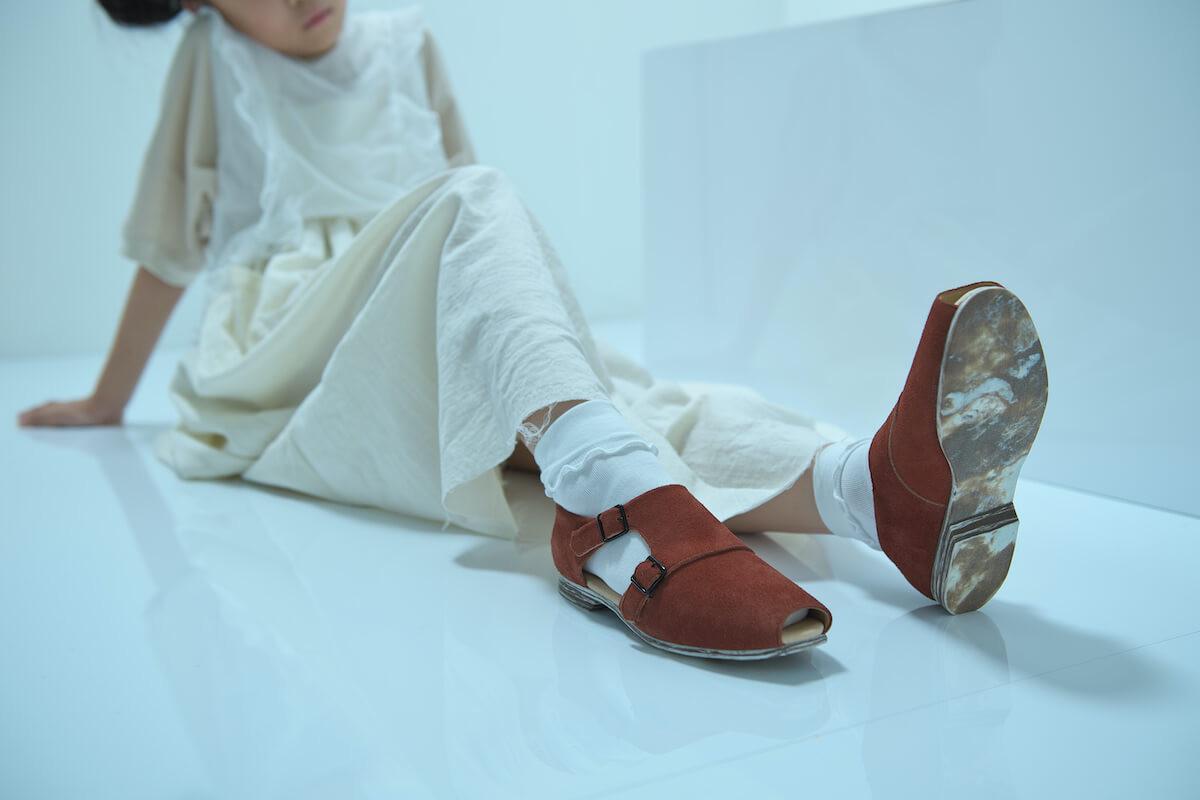 tulle top, ◯△ t-shirt, gauze apron long dress, double monk strap shoes