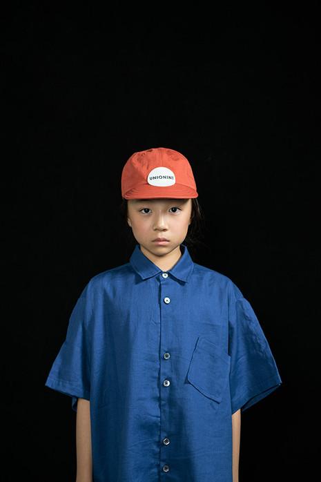 baseball cap, linen big shirt, linen big pants