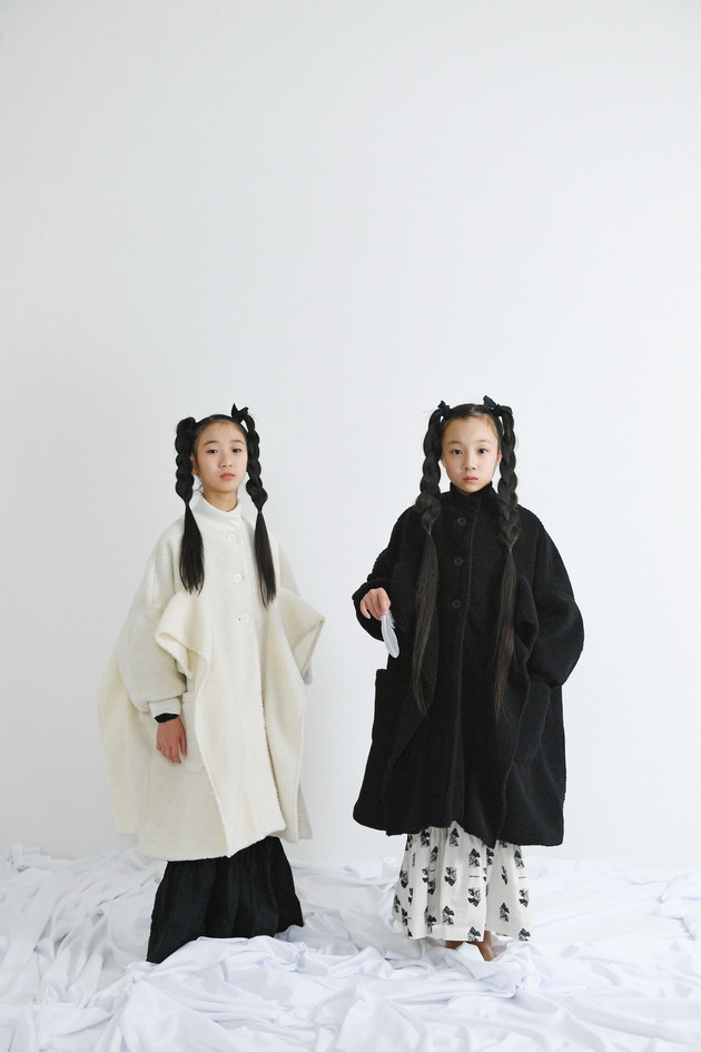 left: boa long coat, garden long dress right: boa long coat, teddybear long dress