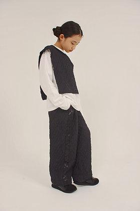 line long pants