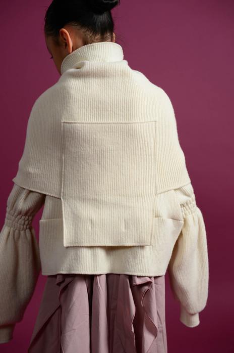 rich knit neck warmer, rich knit short pullover, maxi dress