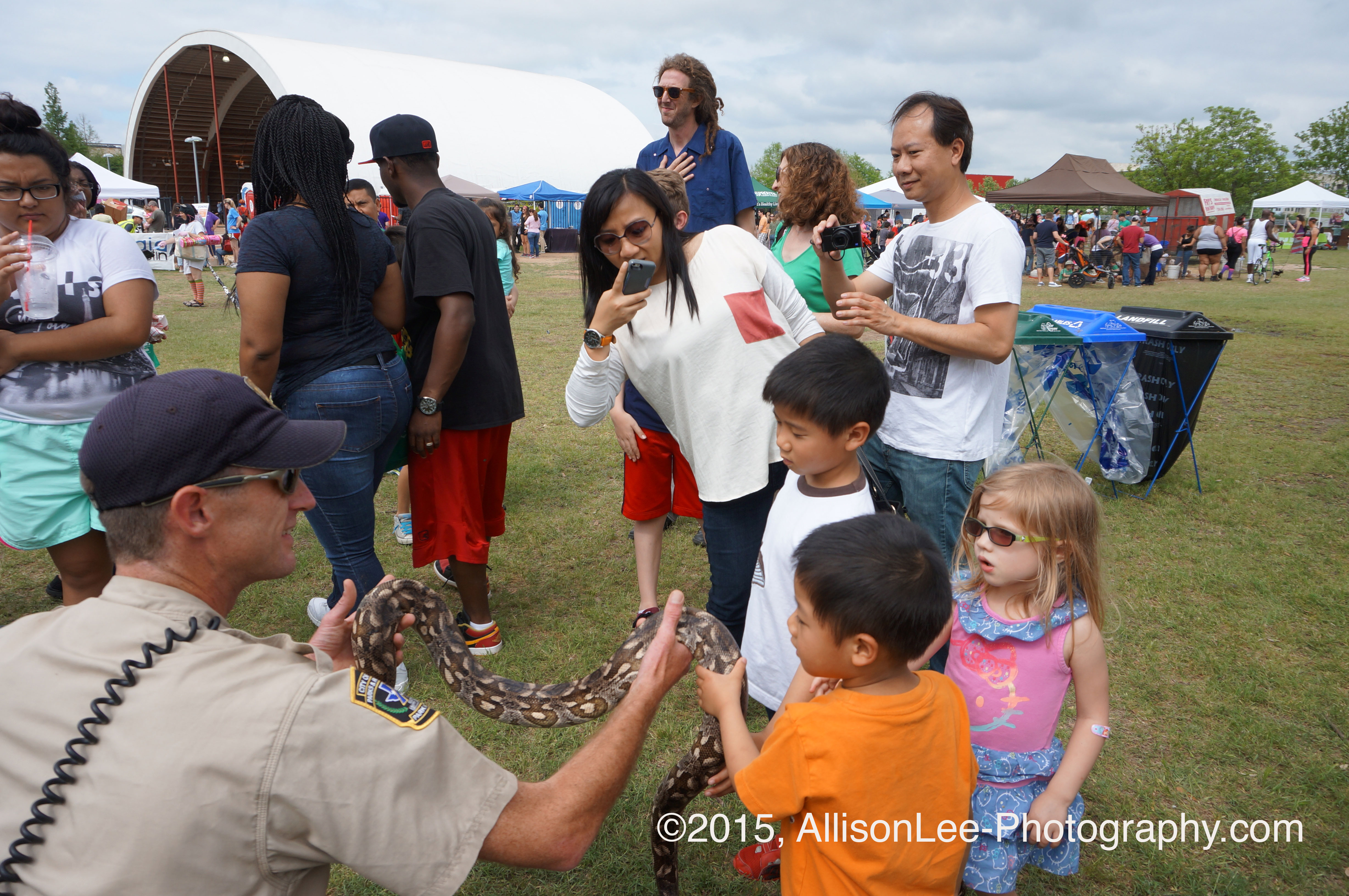 Allison Lee Photography-candid family photos- Austin, TX- Earth Day- 2015- Snake