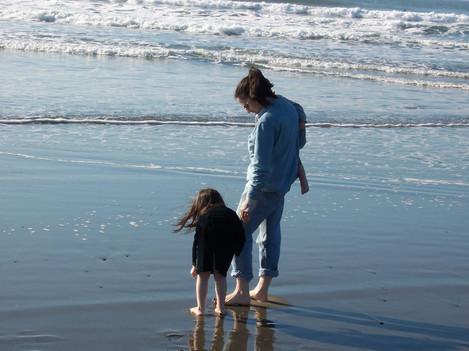 beach-1264866_1920.jpg
