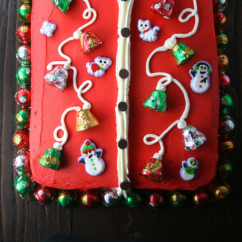 Cake Decorating: Ugly Christmas Sweater for Adults