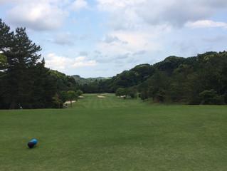 ラウンドレッスンに来ています【横浜のゴルフレッスンアはTeeTime快活ゴルフスタジオ】