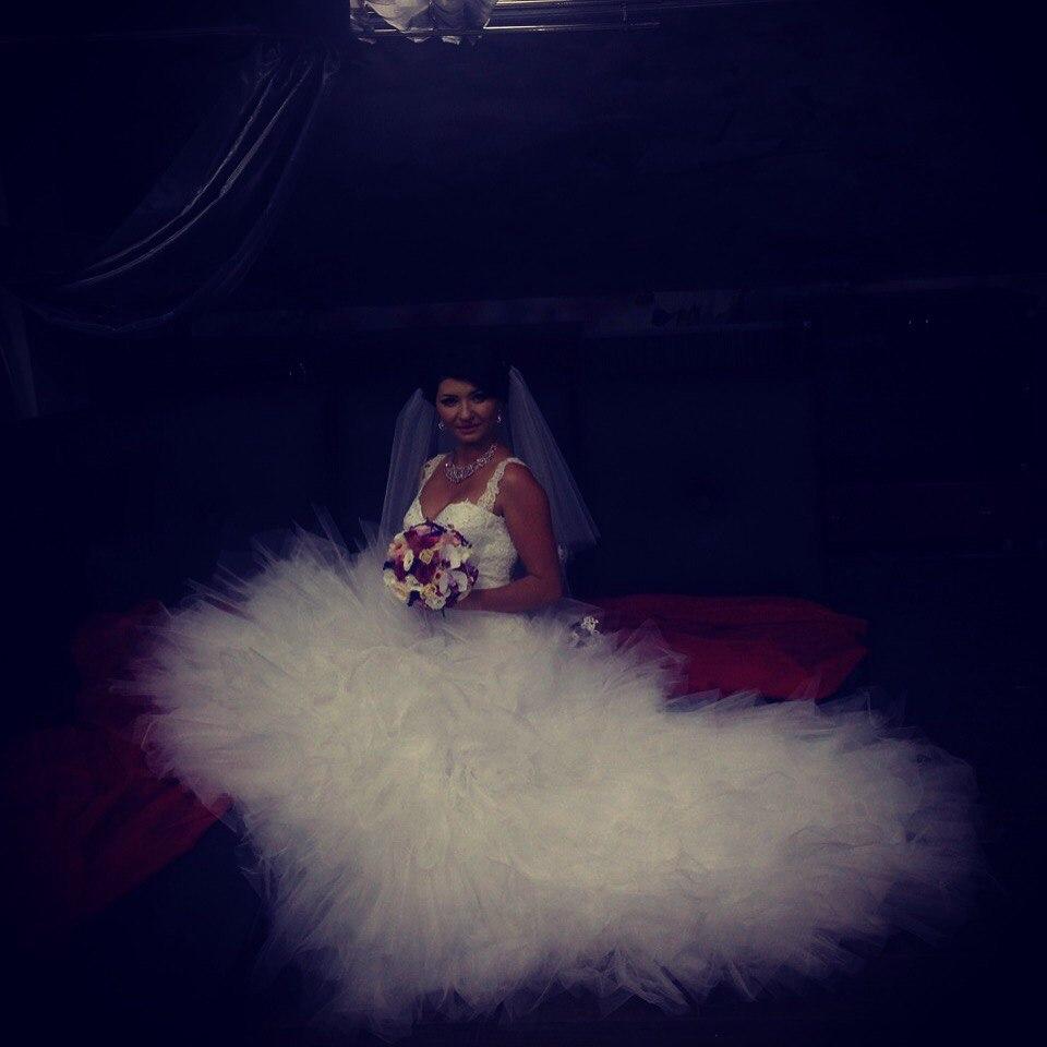 Невеста Диана в свадебном платье от салона Светлана