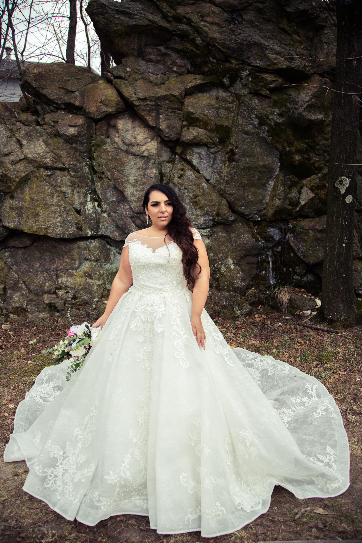 Кружевные свадебные платья Воронеж салон