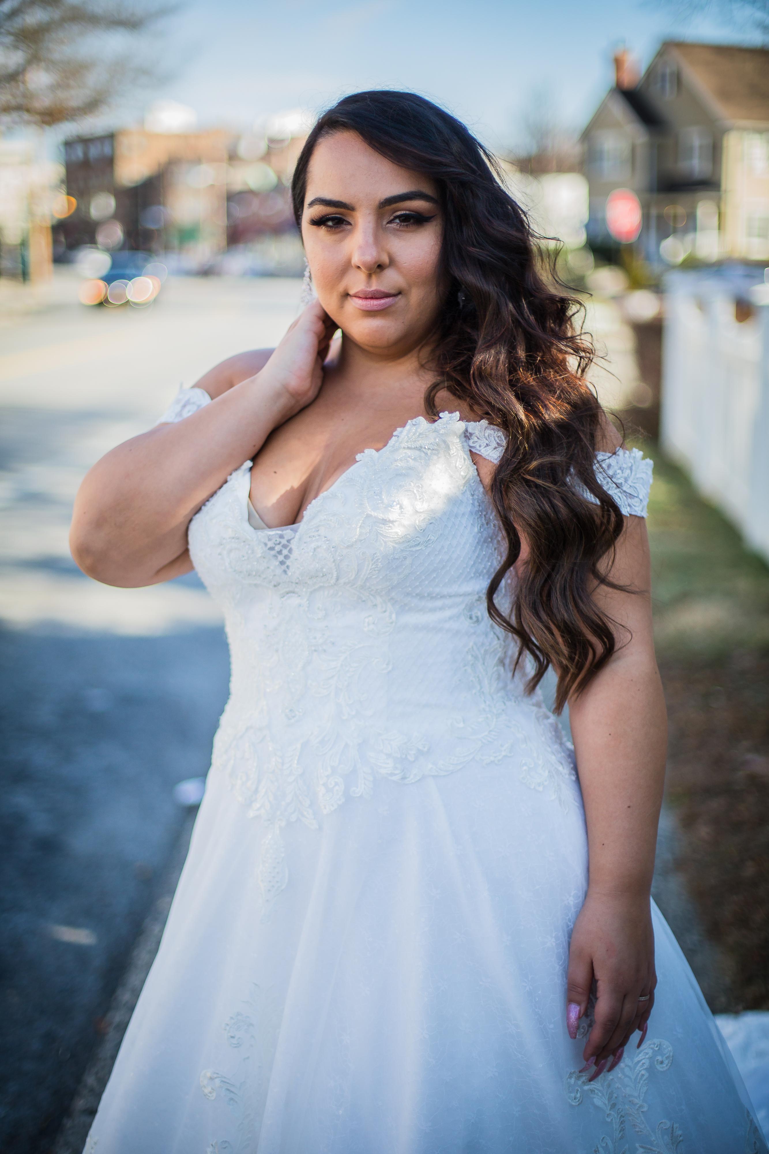 Кружевные свадебные платья Салон Ателье