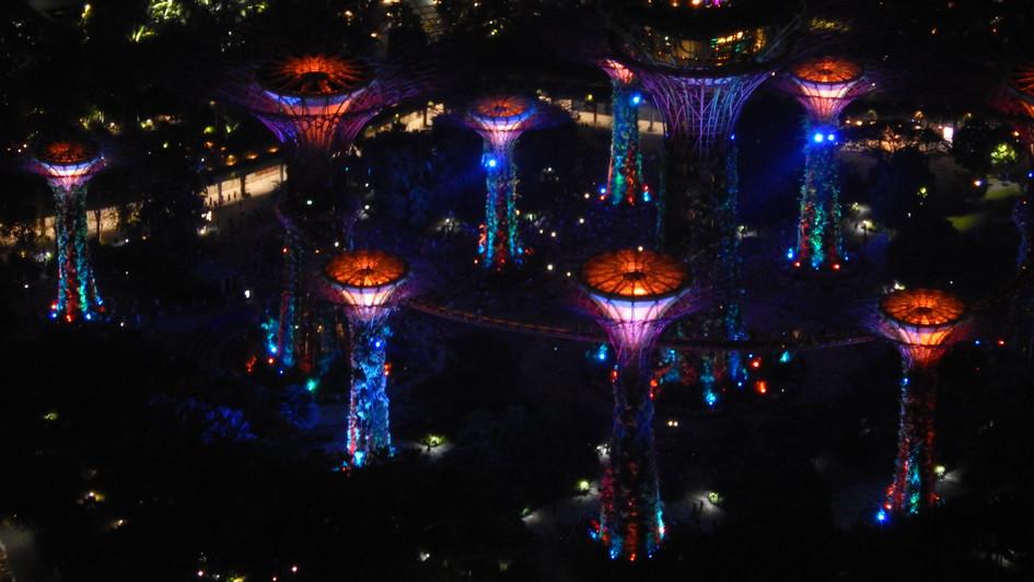 Marina Bay Sands , Blick vom Balkon in der 49. Etage