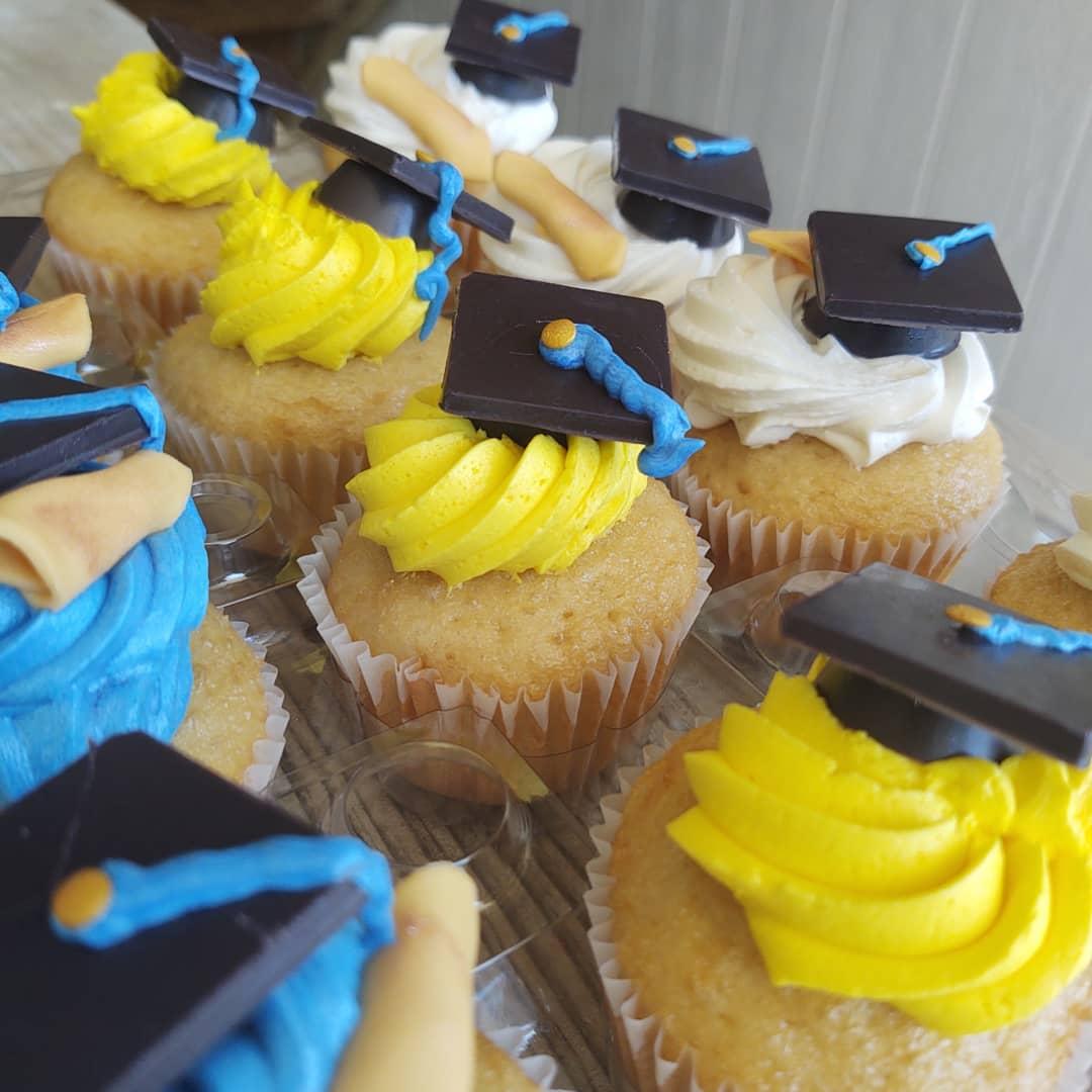 North Carolina A&T  Graduation Cupcakes BlueSodaCake