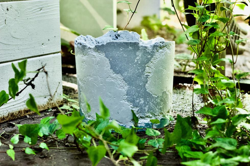 Reclaimed Concrete Pot (Medium) 6