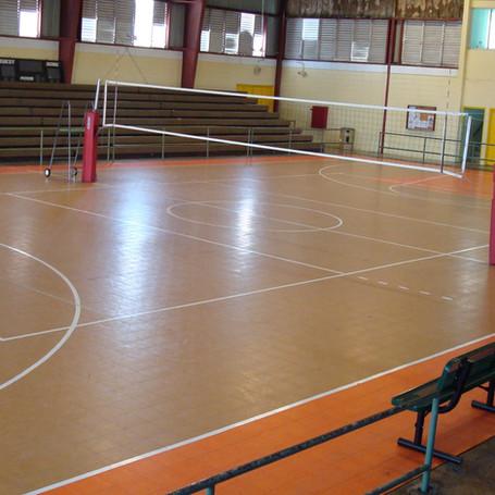 Tile Rubber Flooring & Volleybal Equipment for Penuela