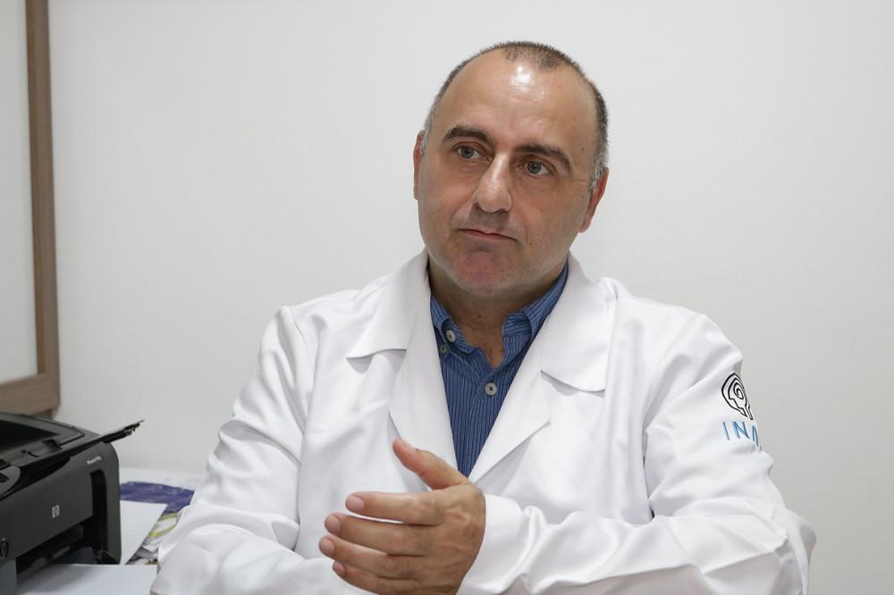 A equipe de coluna do Instituto de Neurocirurgia e Neurologia da Amazônia Ocidental – INAO realizou com sucesso a cirurgia de espondilolistese via abdominal.