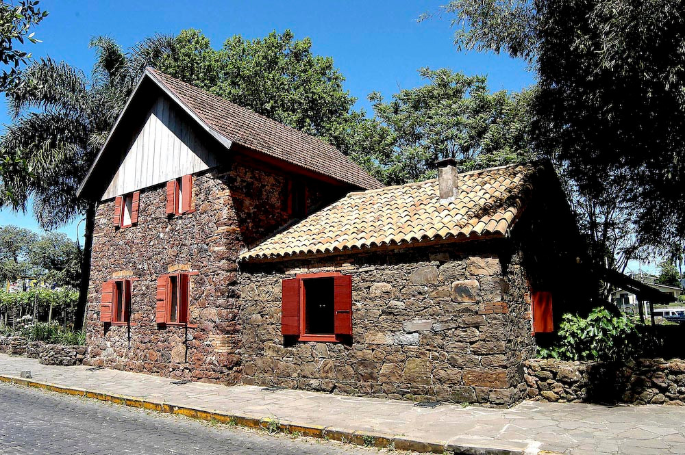 Stone House Museum