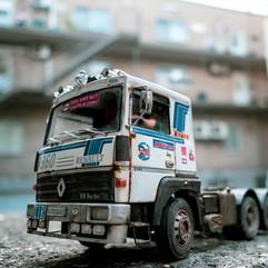 Renault  R360 by Italeri
