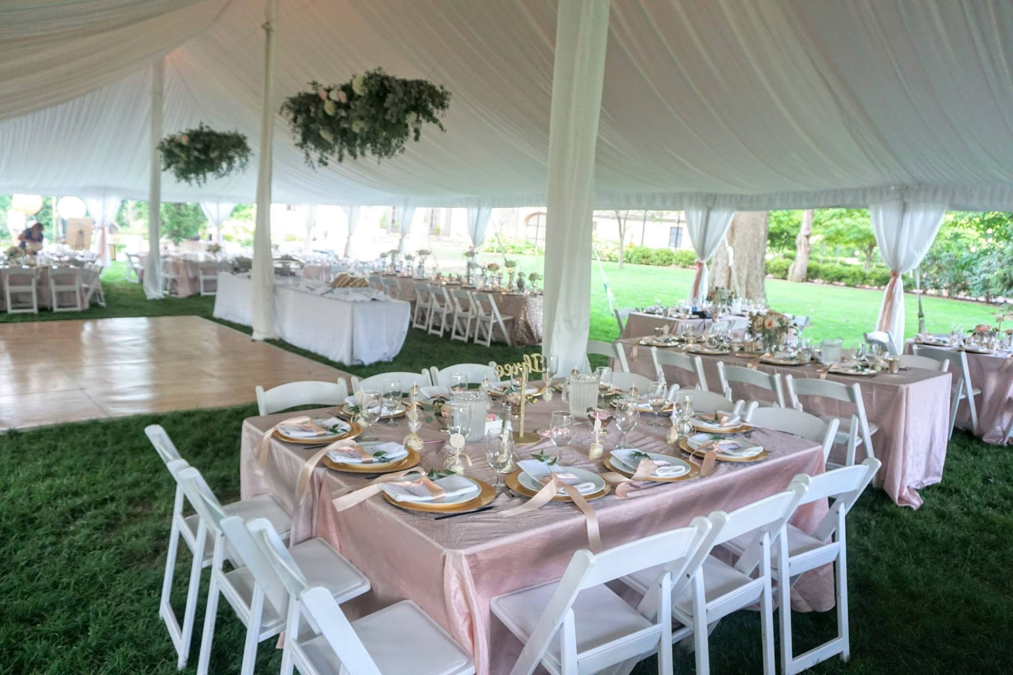 Blush Shimmer Crinkle Tablecloth