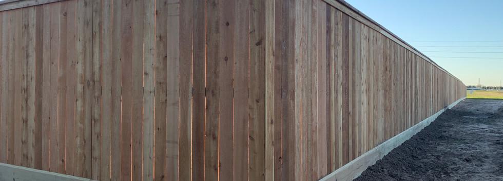 8ft cedar fence with cedar top cap