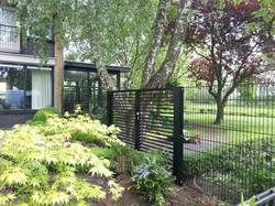 Dubbele poort met horizontale kokers B25