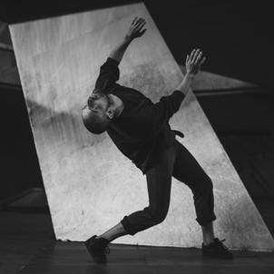 Michał Strugarek - taniec współczesny