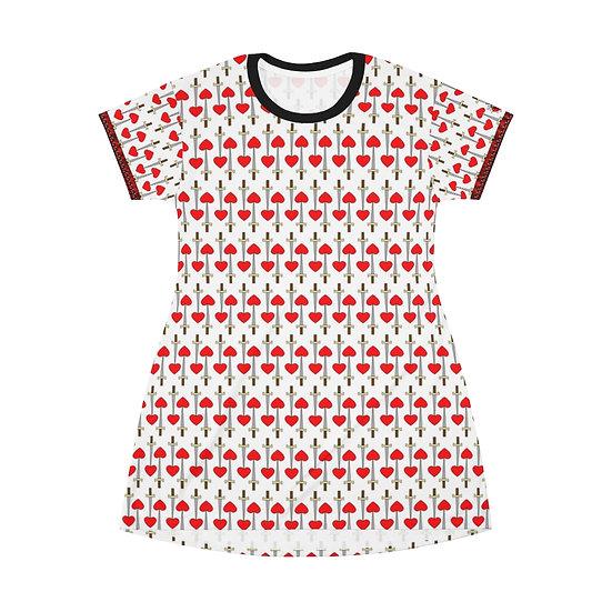 """Gothic Graffiti™ """"Hearts & Daggers""""  T-Shirt Dress (white)"""