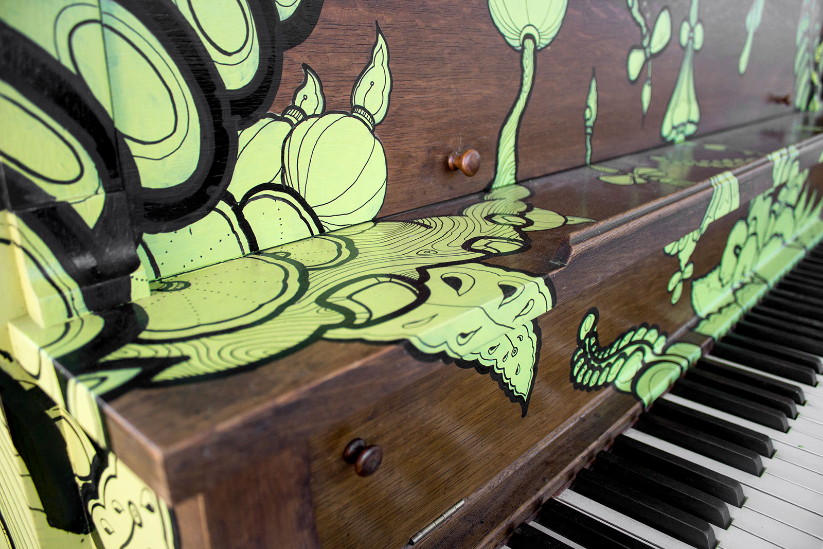 THE_PIANO_PROJECT_DeniseFort_Salt-Spring_03.jpg