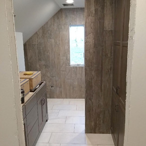 Walls- Dal Season Wood Orchard Grey  Floor- United Crossville Altered State White Hot