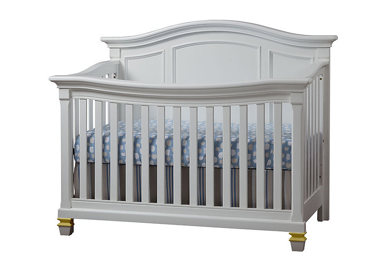 Victoria crib in White and Gold finish