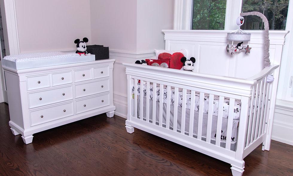 Belmont crib with Glendale dresser set