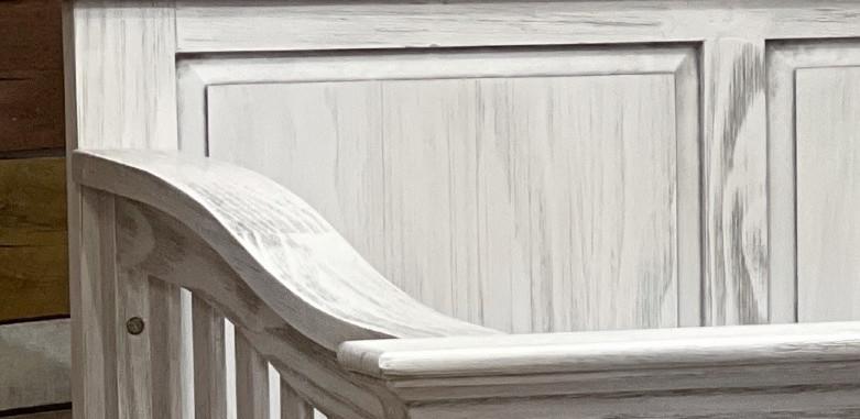 Chic crib close up