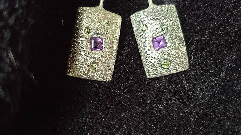 Textured cushion earrings